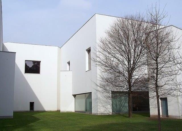 Muzeum sztuki nowoczesnej Serralves w Quinte de Serralves w Porto