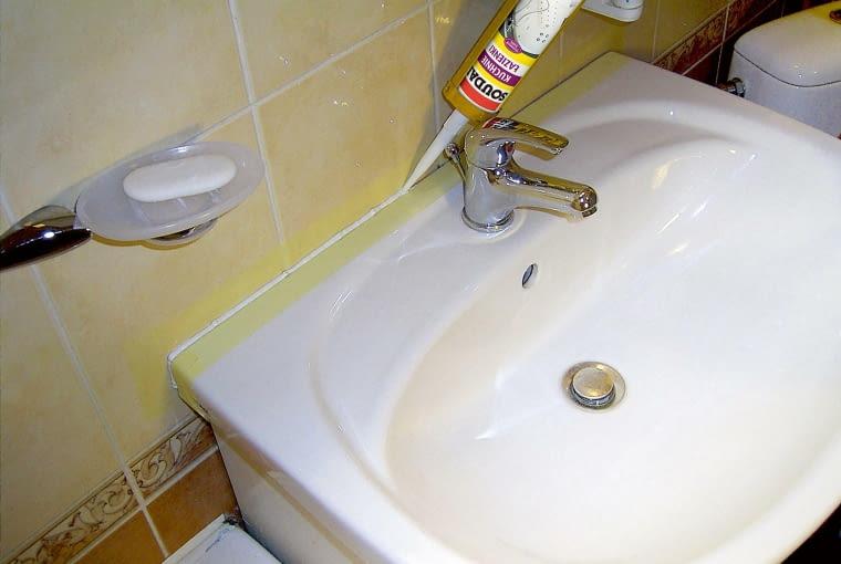 silikon, łazienka, umywalka