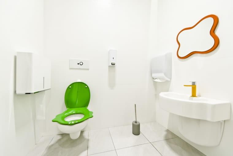 Nowe toalety w Złotych Tarasach w Warszawie