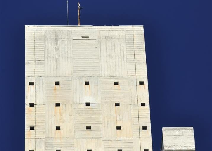 Jednostka Marsylska, proj. le Corbusier - maszynownia wind (widok od wschodu)