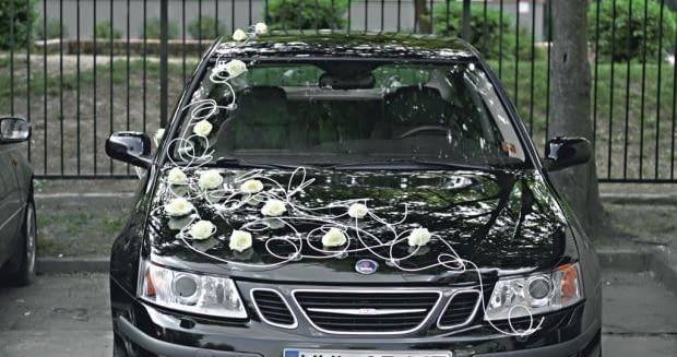"""Samochód do ślubu - dekoracja """"czar róży"""""""