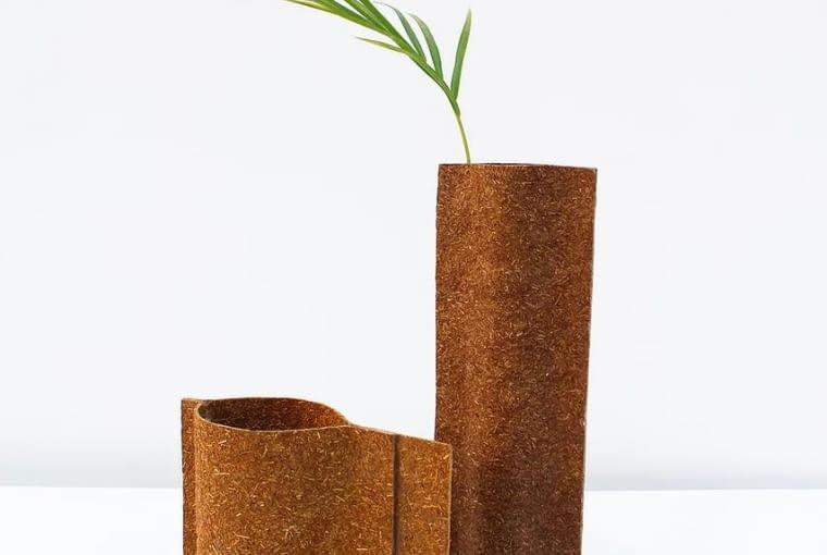 Cheer Project - materiał z sosnowych igieł. Proj. Guarav MK Wali
