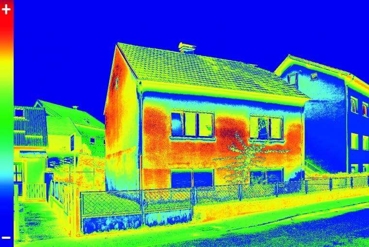 W wyniku badania termowizyjnego otrzymywane są tzw. termogramy, czyli obrazy, na których w wybranej palecie barw lub w odcieniach szarości odwzorowane jest pole temperatury