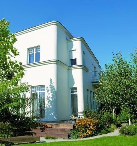 biały dom bez kantów