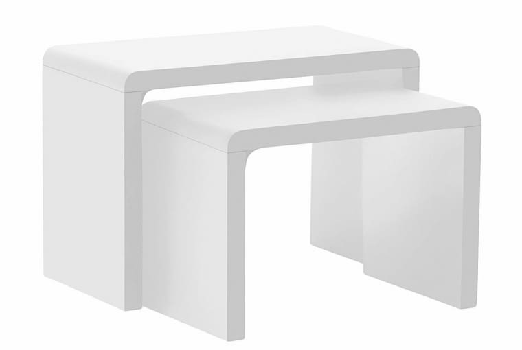 Stoliki, lakierowana płyta MDF, wymiary większego: 59 x 30 cm, wys. 41 cm, 599 zł/komplet