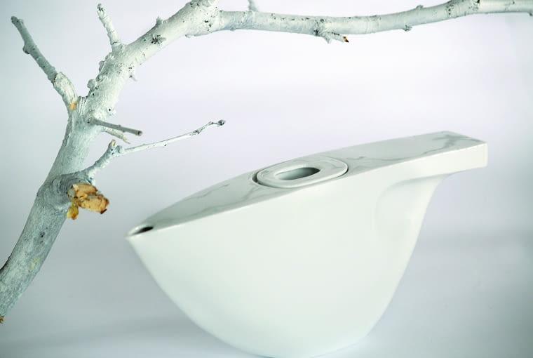 Czajnik porcelanowy, 2010 r., ulubiony projekt Natalii. Powstał w czasie studiów.