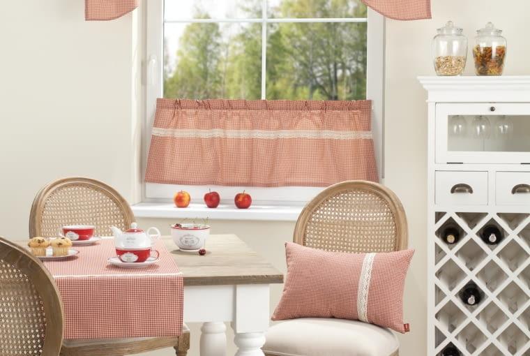 Dekoracja okna w kuchni