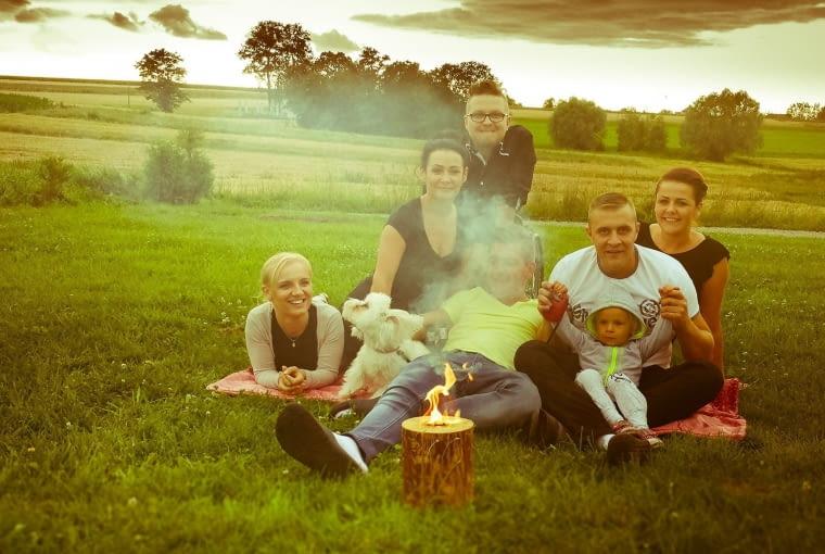 Ekologiczna świeca ogrodowa dzięki płomieniowi wprowadza wyjątkową atmosferę podczas wieczornych spotkań. Wysokość: ok. 20 cm, średnica: ok. 15 cm, Czas palenia: 1,5-2h.Greenfire, ok. 10 zł