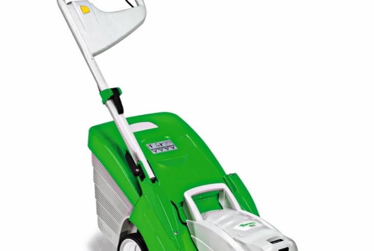 KOSIARKA VIKING MA 339 C dotrze w każdy zakątek trawnika, ok. 1500 zł.