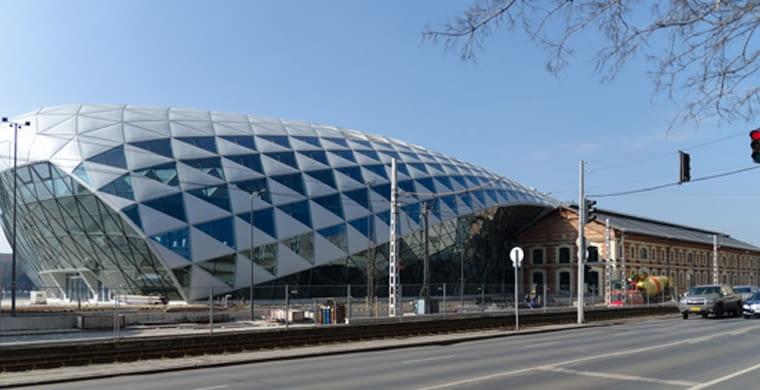 CET, Budapeszt, ONL (2006-2011), fot. Matthew Fickett, źródło: jasongrant.squarespace.com