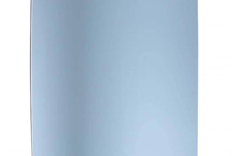Vitalo/ZEHNDER   Wymiary [cm]: wys. 120, dł. 49   moc 483 W (75/65/20°C), temperatura robocza maks. 80 °C   płaski front aluminiowy;   wewnątrz miedziana rura wodonośna zamknięta w obudowie z grafitu i aluminium   okalająca rama z poliamidu. Cena: od 2594 zł, www.zehnder.pl