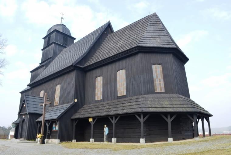Kościół parafialny Świętego Macieja Apostoła w Trzebicku Górnym