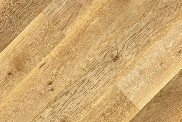 ŁAZIENKA. Dąb Classic, panele drewniane dwuwarstwowe, lakierowane, gr. 1,4 cm Jawor Parkiet .178 zł/m kw.