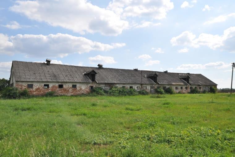 Nowy hotel w starej stodole, Jarosławki