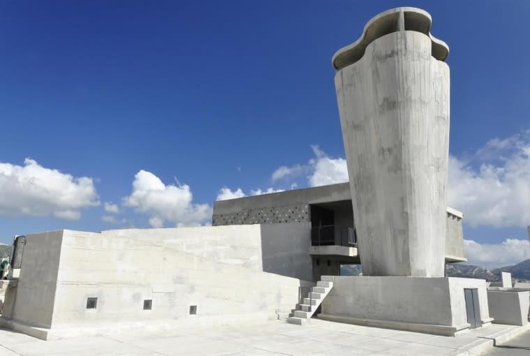 Jednostka Marsylska, proj. Le Corbusier - południowy komin wentylacyjny