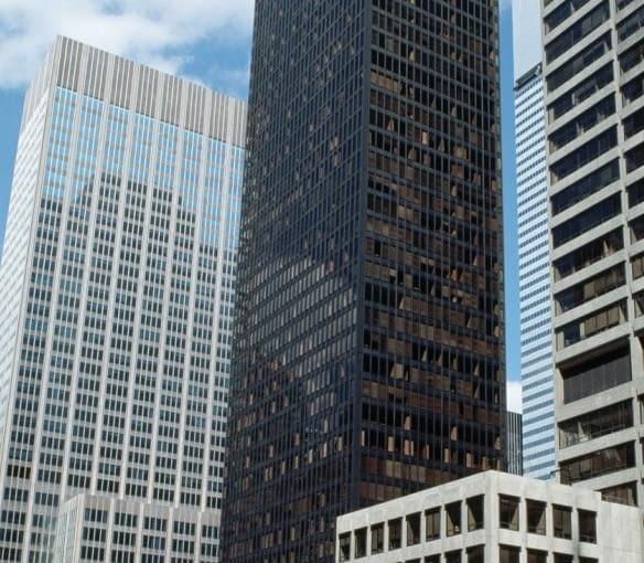Seagram Building na Manhattanie przy 375 Park Avenue w Nowym Jorku. Projekt Mies van der Rohe