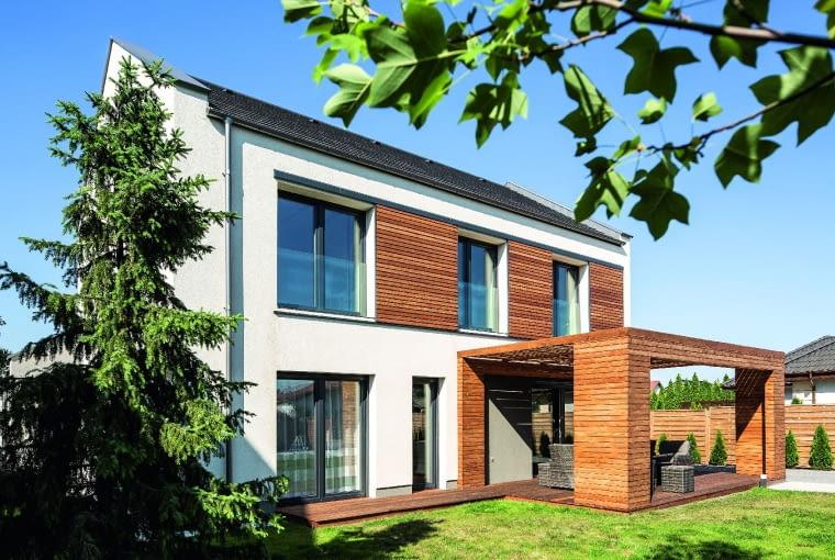 dom nowoczesny, dom pasywny, elewacje, rolety zewnętrzne, okna, dach dwuspadowy