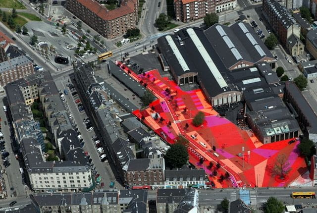 Superkilen, Kopenhaga, proj. Topotek 1 + BIG Architects + Superflex, źródło: http://superflex.net