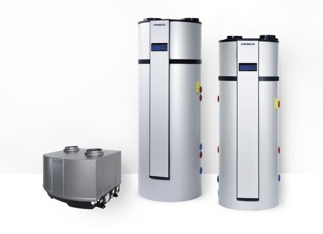 Modułowa pompa ciepła wody użytkowej do połączenia z istniejącym podgrzewaczem wody użytkowej (pierwsza z lewej oraz pompy ciepła wody użytkowej z podgrzewaczem