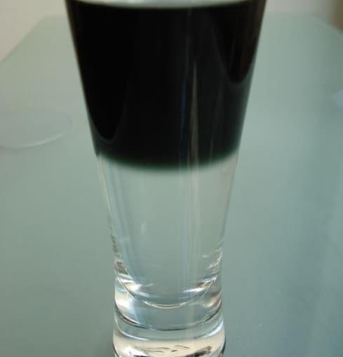 W Archibarze serwowane są drinki nazwane imionami sławnych architektów, tutaj drink Zaha na cześć Zahy Hadid