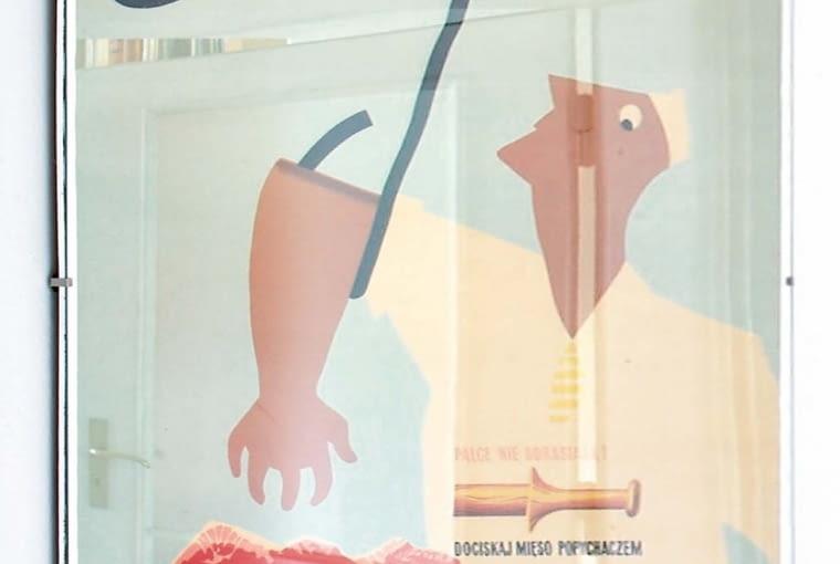 W stylu tego wnętrza: Plakat BHP zlat pięćdziesiątych.