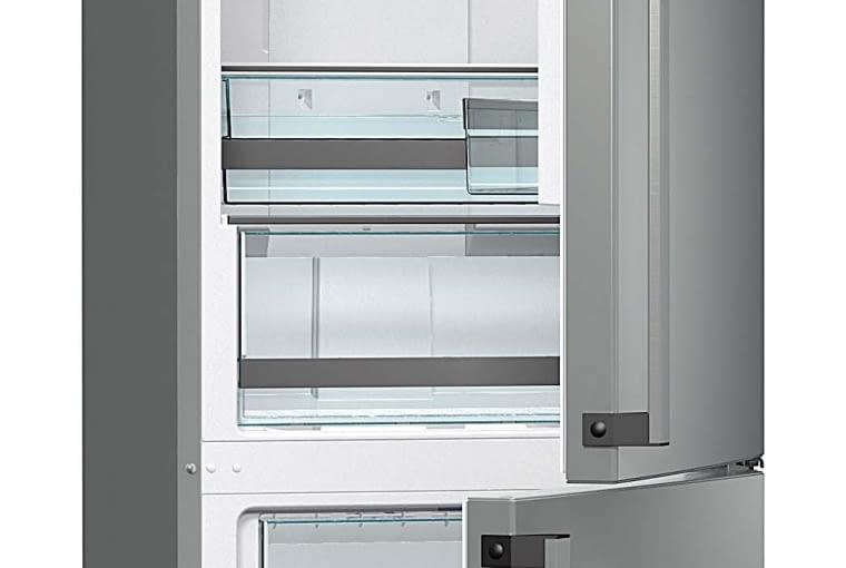 Zawsze, gdy otwieramy drzwi lodówki, temperatura w jej wnętrzu podnosi się, przez co żywność jest narażona na szok termiczny i szybciej się psuje. Chłodziarka z funkcją AdaptTech stale weryfikuje i analizuje sposób, w jaki jest używana. Urządzenie jest w stanie przewidzieć, kiedy otworzysz drzwi lodówki - wtedy obniża temperaturę o 1 lub 2°C. Dzięki temu temperatura wewnątrz chłodziarki jest stała, a jedzenie dłużej pozostaje świeże i pełne wartości odżywczych. Gorenje, gorenje.pl