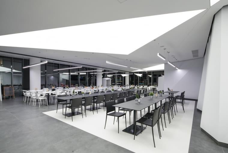Wieżowiec Q22 - wnętrze projekt: Kuryłowicz & Associates