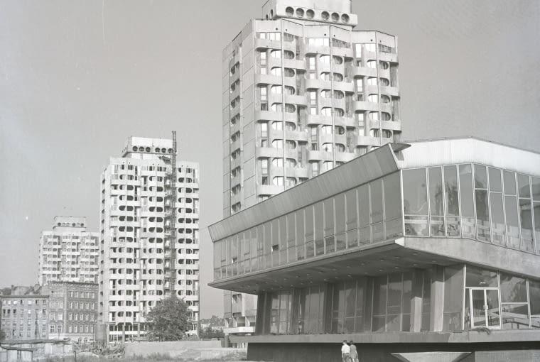 Zespół mieszkalno-usługowy przy placu Grunwaldzkim, 1969-75