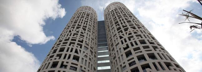 Torres de Hércules, Rafael de La-Hoz Arquitectos (Los Barrios)