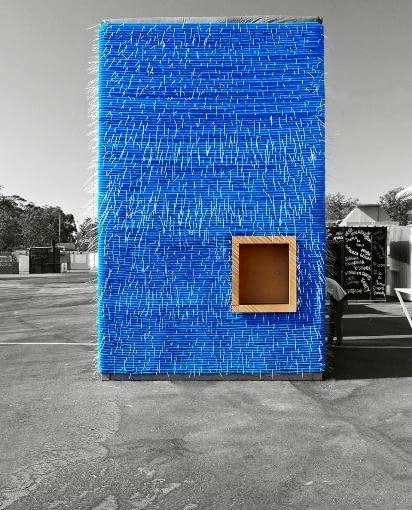Tymczasowy pawilon w Porto wzniesiony w systemie TUBE-IN. Budownictwo tanie, łatwe i estetyczne.