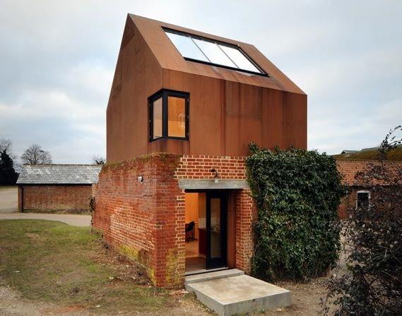Pracownia dla szkoły muzycznej Aldeburgh Music, Snape Maltings, Suffolk, Wielka Brytania, 2009, proj. Haworth Tompkins