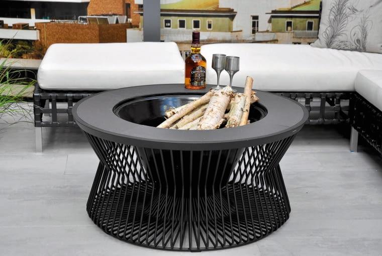 Takie palenisko stolik jest dostępne na indywidualne zamówienie.