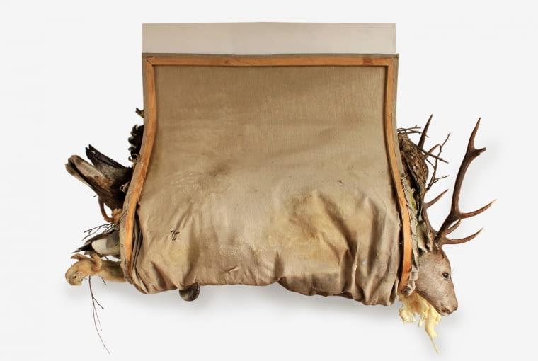 'Obraz pożerający pejzaż' z cyklu 'Obrazy pożerające rzeczywistość', 2011, technika mieszana, Kolekcja Galerii Sztuki Współczesnej Bunkier Sztuki