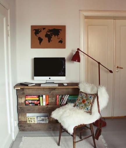 biurko z palety, meble z palet, jak zrobić meble z palety