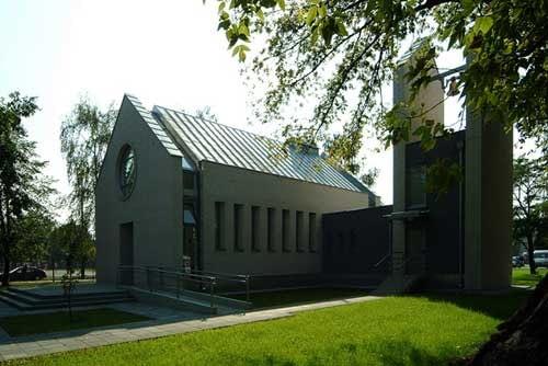 Kaplica rzymskokatolicka, ul. Balaton. Proj. SAMI Architekci