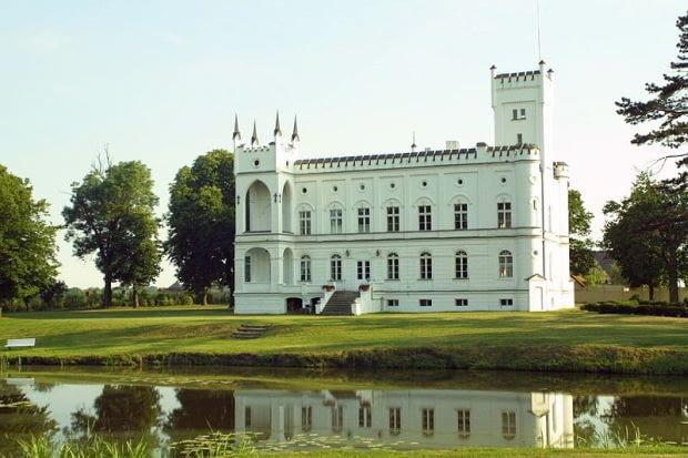 Pałac w Prężycach. Stan z 2006 roku.