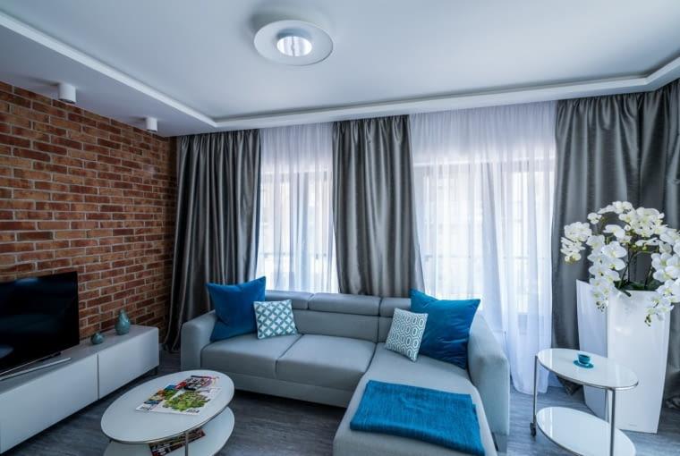 49-metrowe mieszkanie we Wrocławiu