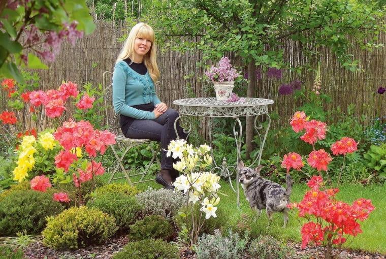 Katarzyna Diszer w swoim ogródku