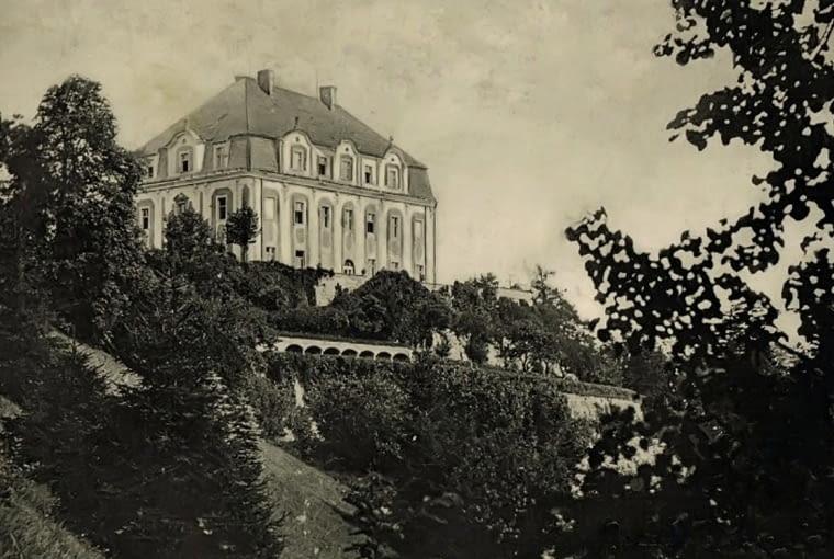 Opuszczony pałac w Piszkowicach, Śląsk