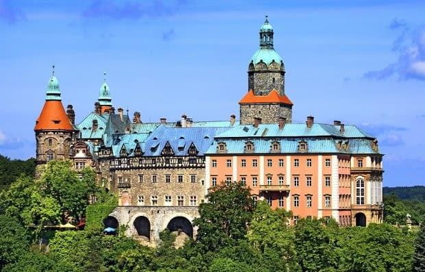 Gdyby oczyścić Zamek Książ z elementów dobudowanych do niego w XVIII czy XX w., pozbylibyśmy się dużej części zabytku.