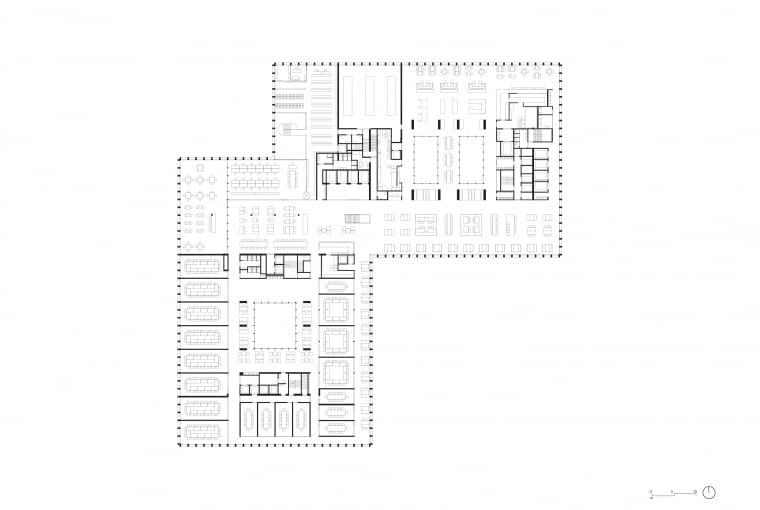 Nowy gmach sądu w Amsterdamie - piętro 5