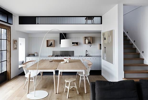 prosty dom, jasny dom, minimalistyczny dom, dom w skandynawskim stylu, wnętrze w skandynawskim stylu