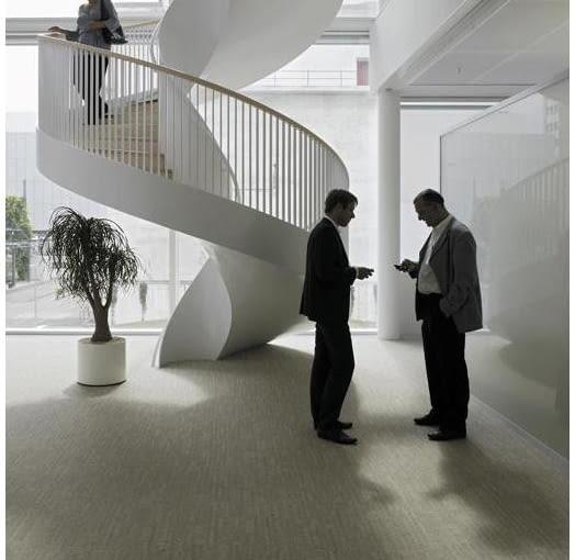 Siedziba firmy farmaceutycznej Novartis w Bazylei, projekt: Frank Ghery
