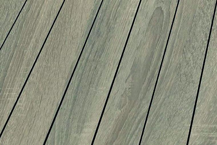 Blue Line Nature - Sonoma Oak/Falquon Klasa ścieralności: AC4; klasa użyteczności: 32 wymiary: 1376 x 113 mm, grubość 10 mm struktura powierzchni: matowa fabrycznie zamontowana listwa odporne na ślady odcisków. Cena: 137 zł/m2, www.falquon.pl