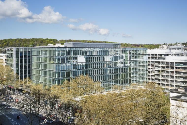 Zmodernizowany biurowiec w podparyskim Boulogne-Billancourt