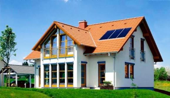 kolektory słoneczne na dachu