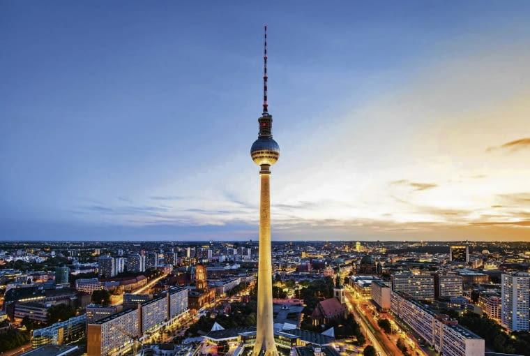 Berlin, wieza telewizyjna SLOWA KLUCZOWE: architektura miasto panorama