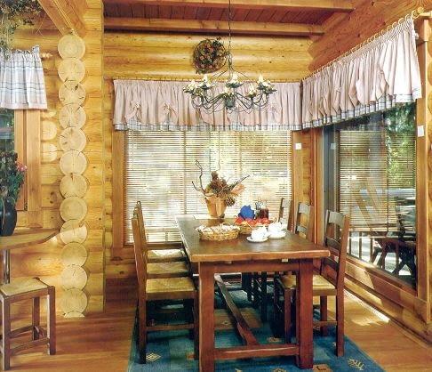 Dom z bali - jadalnia