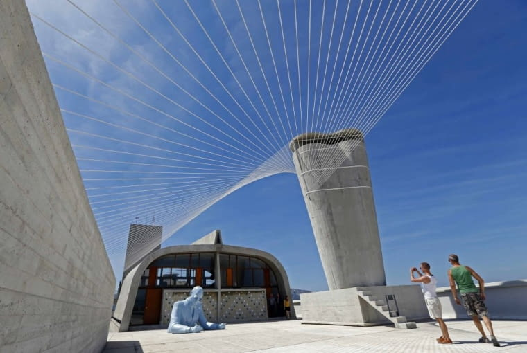 Ekspozycja zorganizowana na dachu Jednostki Marsylskiej