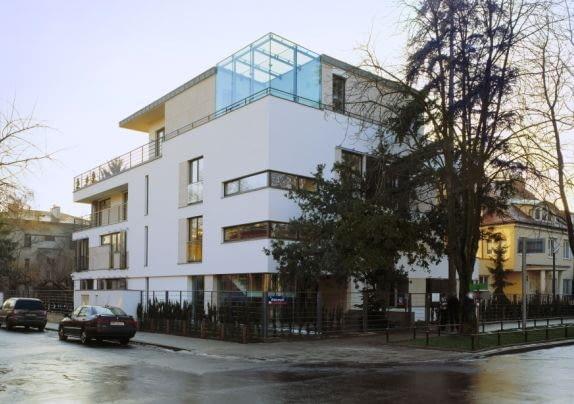 Budynek apartamentowy, Warszawa